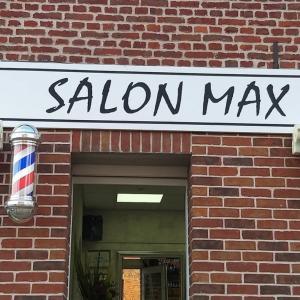 Photos de Salon max soumises par les membres