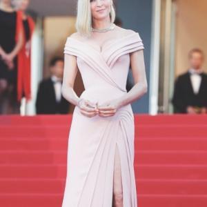 Coiffure Uma Thurman Cannes 2017