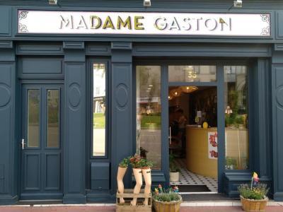 Coiffeur Madame Gaston voir le détail
