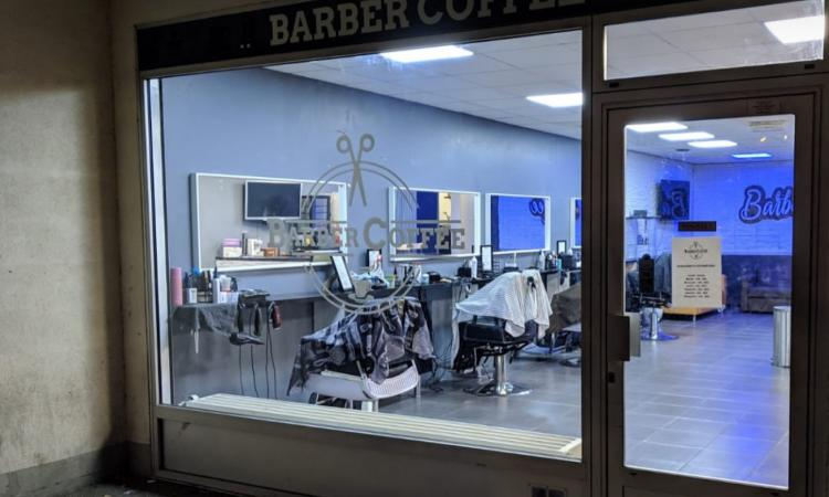 Coiffeur Barber Coffee Lognes
