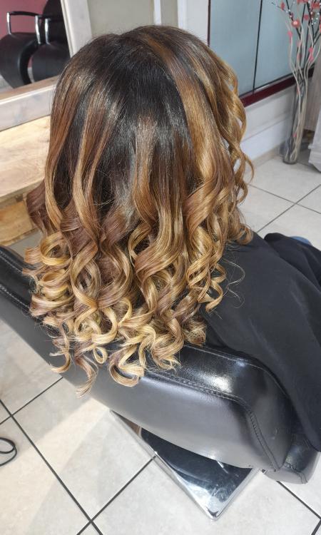 Coiffeur M Création coiffure Tampon