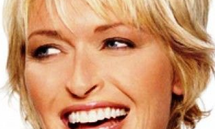 La Frange Pour Les Cheveux Courts 30 Idees De Frange A Adopter Sans Moderation