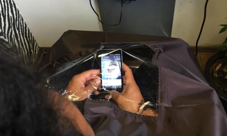 cape de coiffure pour smartphones