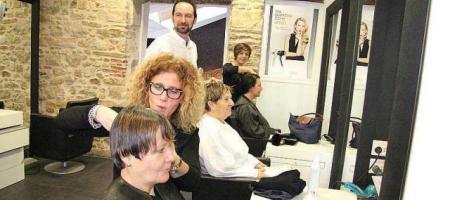 Un salon de coiffure pour 800 habitants