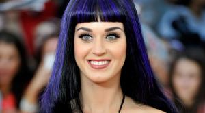 katy perry coloration cheveux jaunes