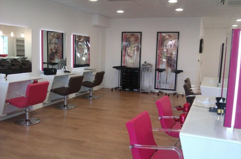 Camille albane aubagne t l phone rdv avis for Salon de coiffure camille albane
