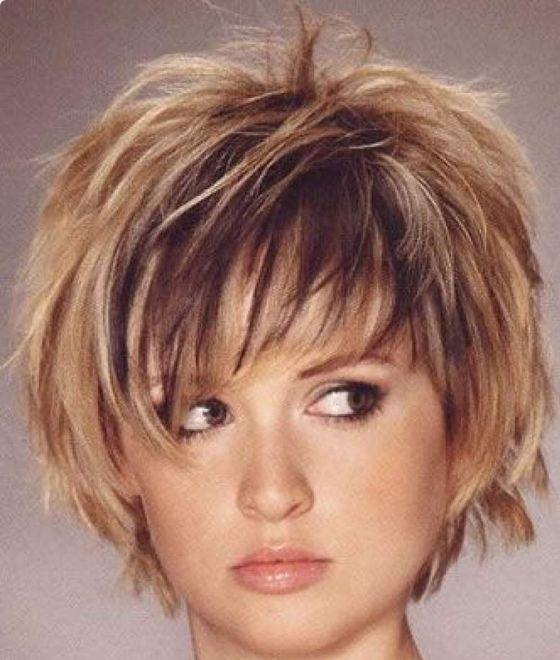 Célèbre 35 modèles de coiffure avec frange. Sur cheveux courts ou longs  NX99