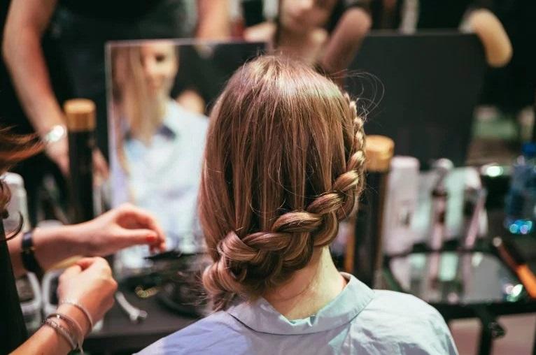 La nuit de la coiffure à toulouse  pour des coiffures gratuites et  tendances !