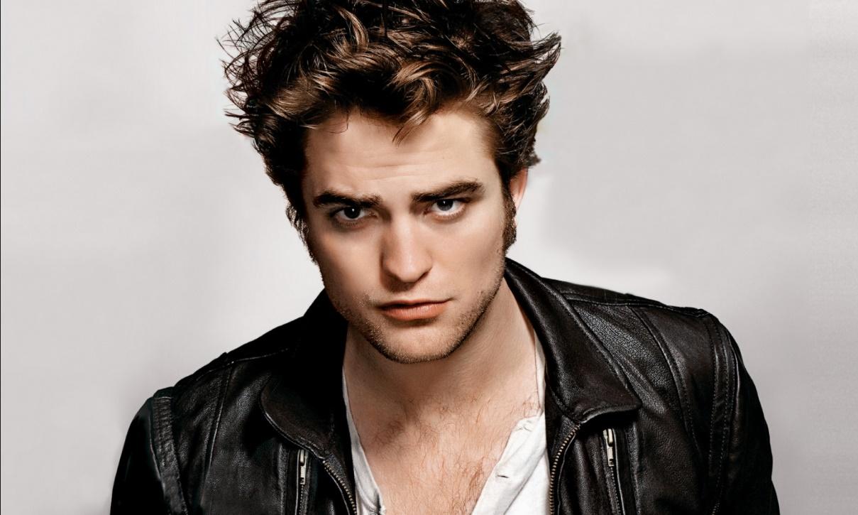 Robert Pattinson s'offre une nouvelle coiffure pour 2017 ...