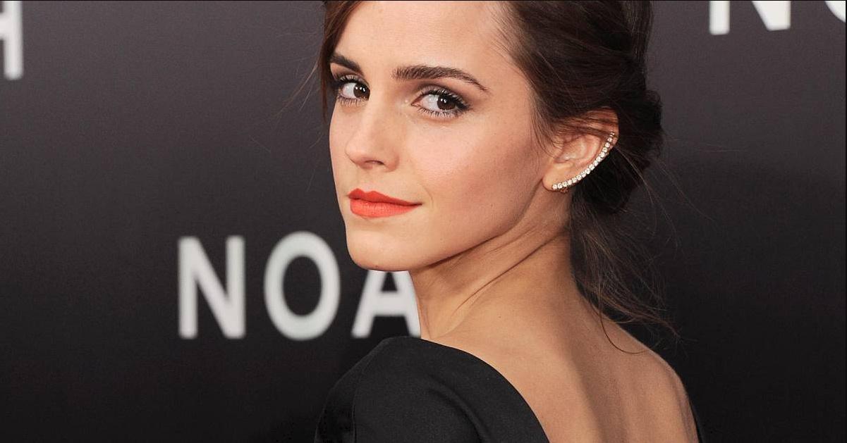 La Superbe Coiffure D Emma Watson Pour La Belle Et La Bete
