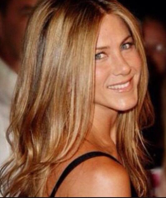 Voici 25 Modeles Pour Vous Proposer Le Blond Caramel Ou Bien Le