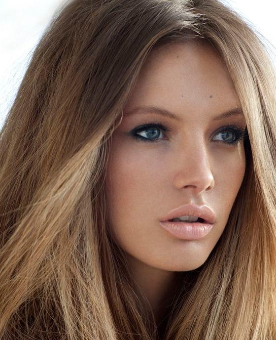 une couleur de cheveux nude : pour un look capillaire très naturel