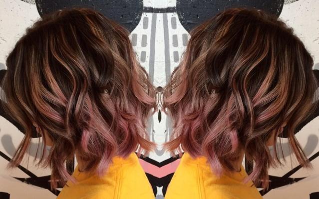 Couleur cheveux chocolat carre plongeant