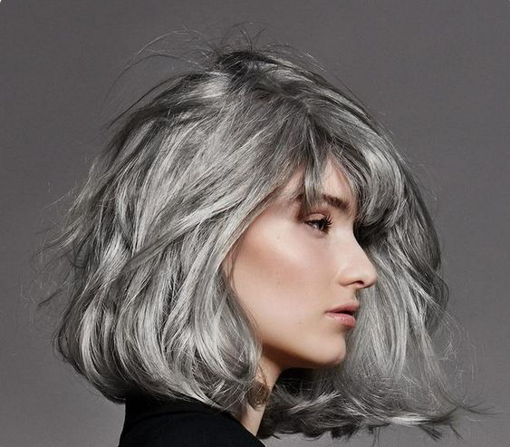 coloration cheveux gris argent cheap silver hair et si on passait aux cheveux gris argent with. Black Bedroom Furniture Sets. Home Design Ideas